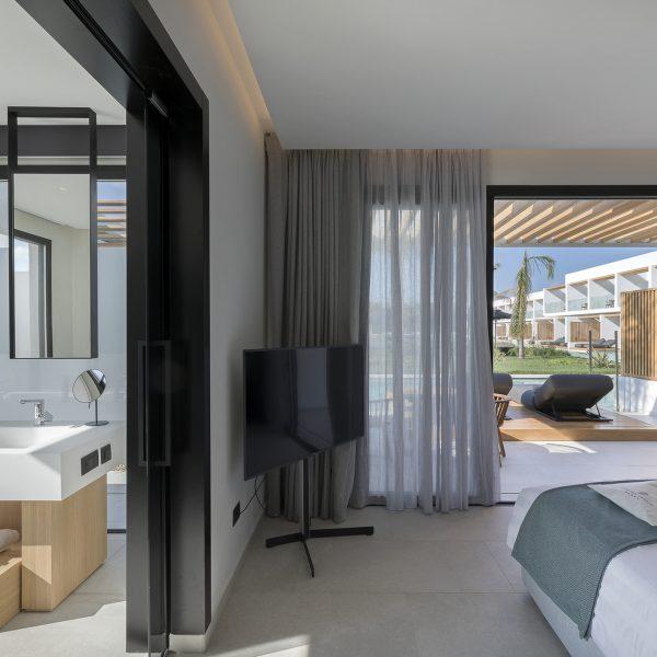 Premium swim-up suite Kos Greece