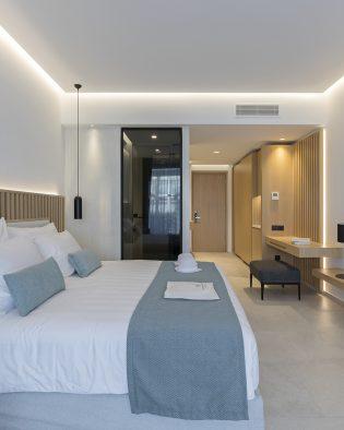 Luxury swim-up suite Kos Greece